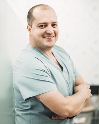 Ismael coleto dentista