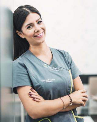 Tania dentista talavera